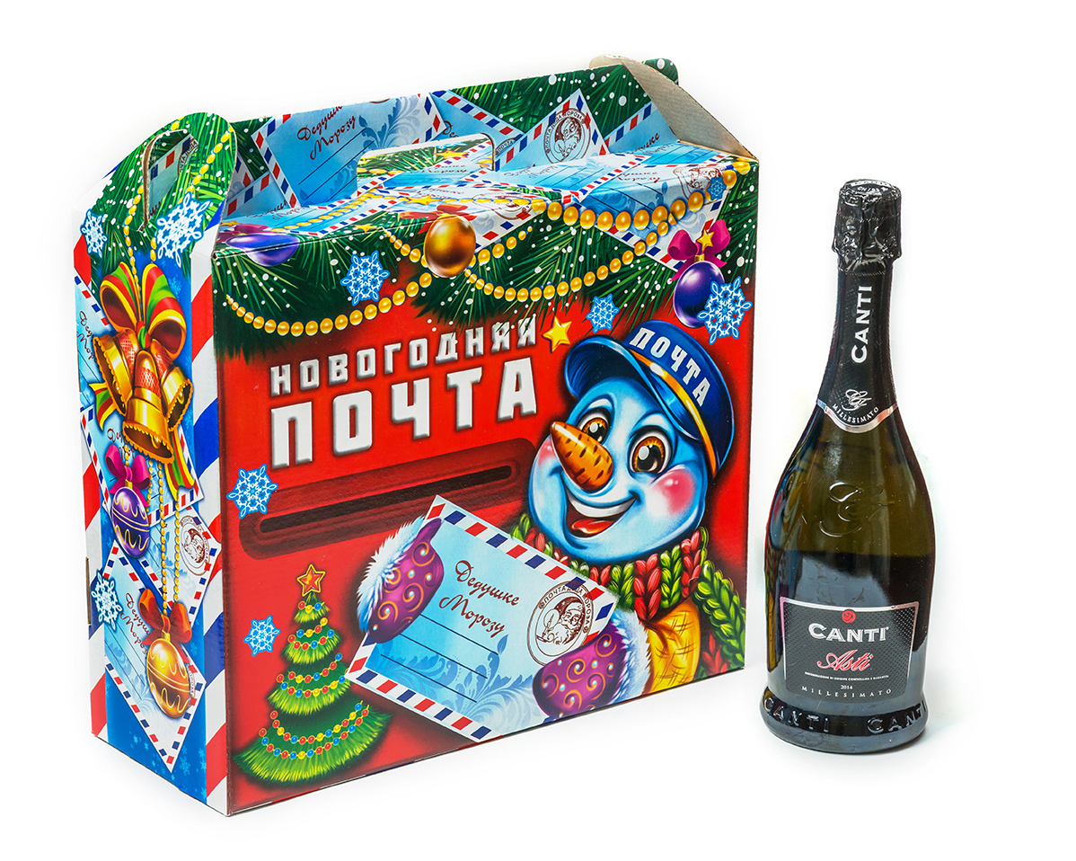 Сладкие новогодние подарки в упаковке из картона ООО Кондитерское Упаковка для сладких подарков картон